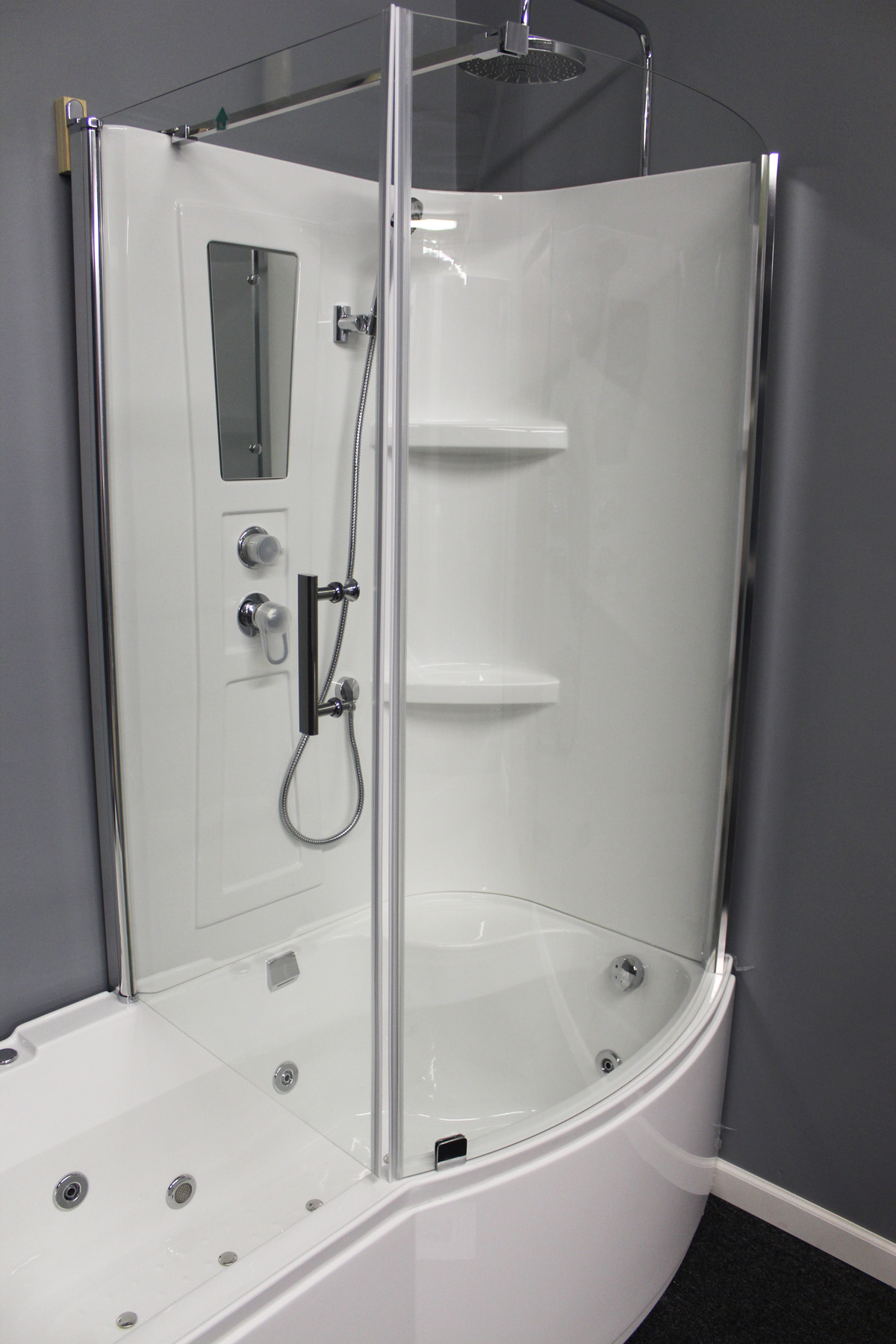 Shower Room With Deluxe Whirlpool Tub 9045 Lux With Air